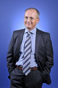 Dr. Ivo Dzepina